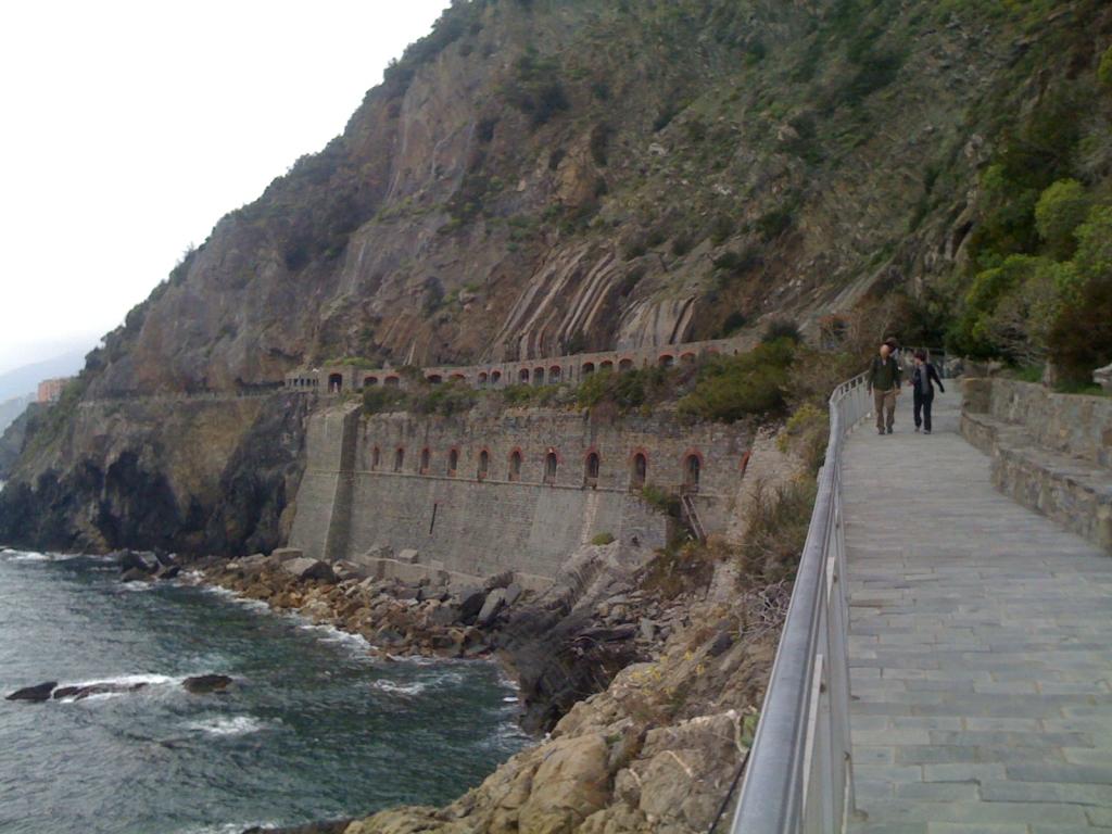 Via Dell'Amore path