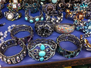 bracelets at la bufadora market