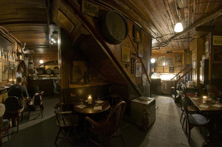 Gordon's Wine Bar in London