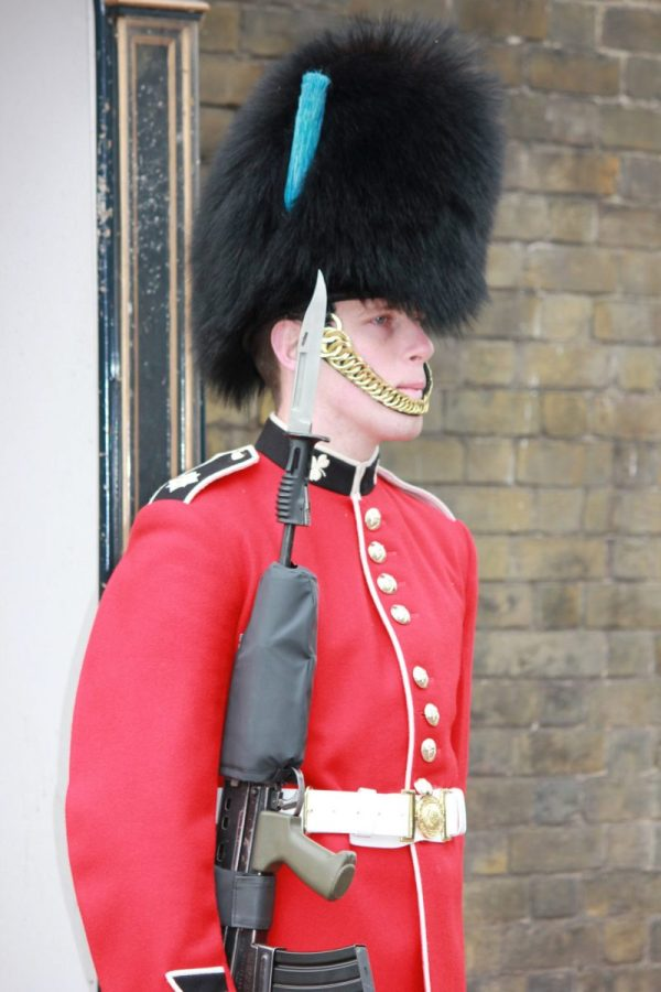 A Guide to Changing of the Guard at London39s Buckingham Palace