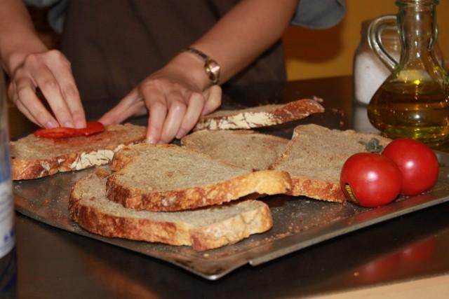 Making Spanish Tomato Bread