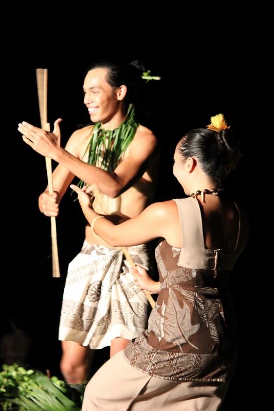 6 of the Best Hawaiian Luau's in Maui
