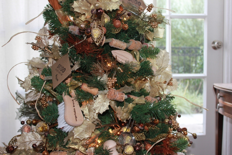 Utensil Themed Christmas Tree