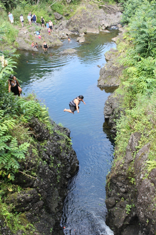 Cliff Jumping in Maui