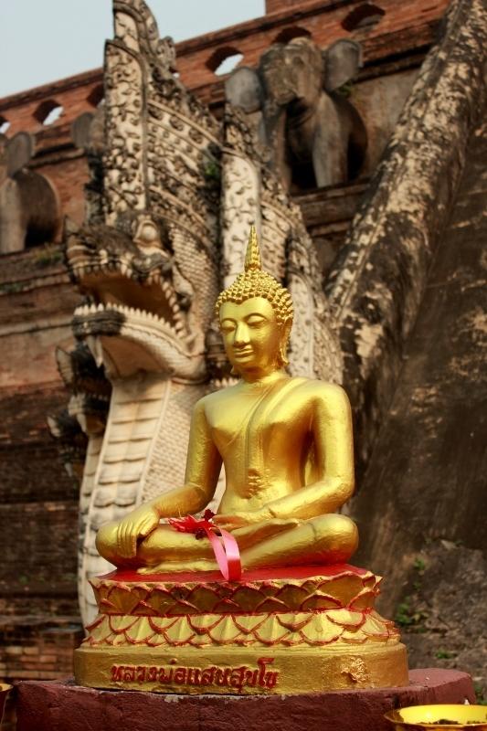 Buddha at Wat Chedi Luang Chiang Mai