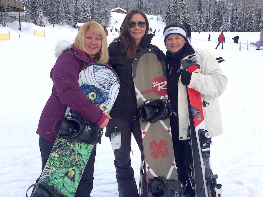 Snowboarding: Winter Bucket List Ideas: Fun Activities & Things to Do