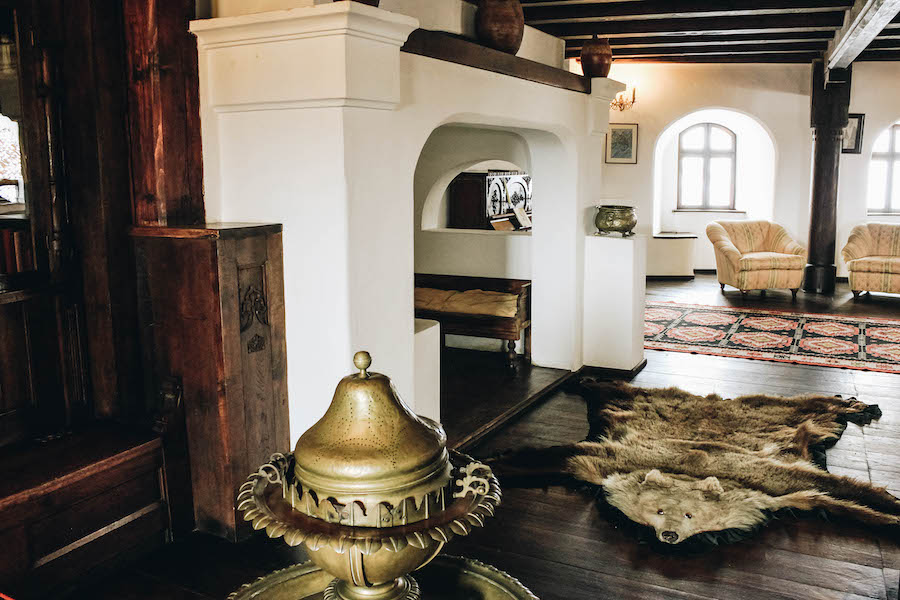 Interior and gold furniture at Bran Castle