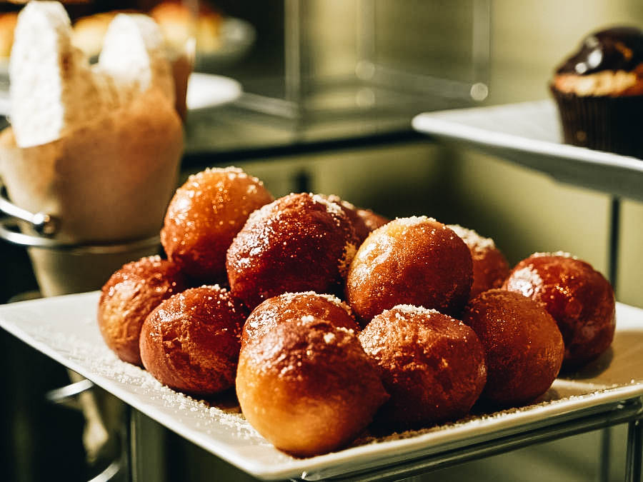 Filters Pastries or Loukoumades