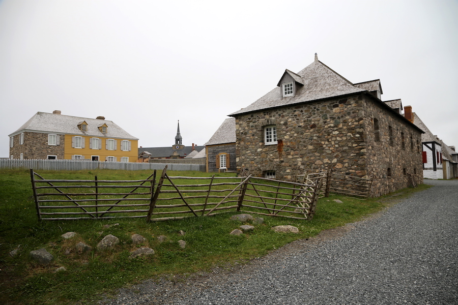 Louisbourg: Nova Scotia Bucket List: 20 of the Best Things To Do When You Visit