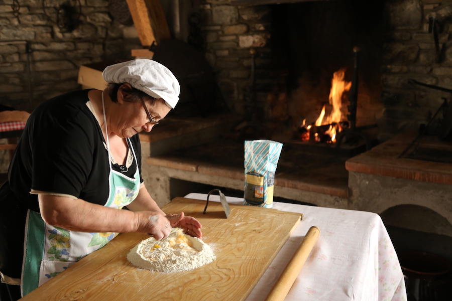 Learning pasta making at Palazzo Donati in Mercatello sul Metauro in Marche, Italy