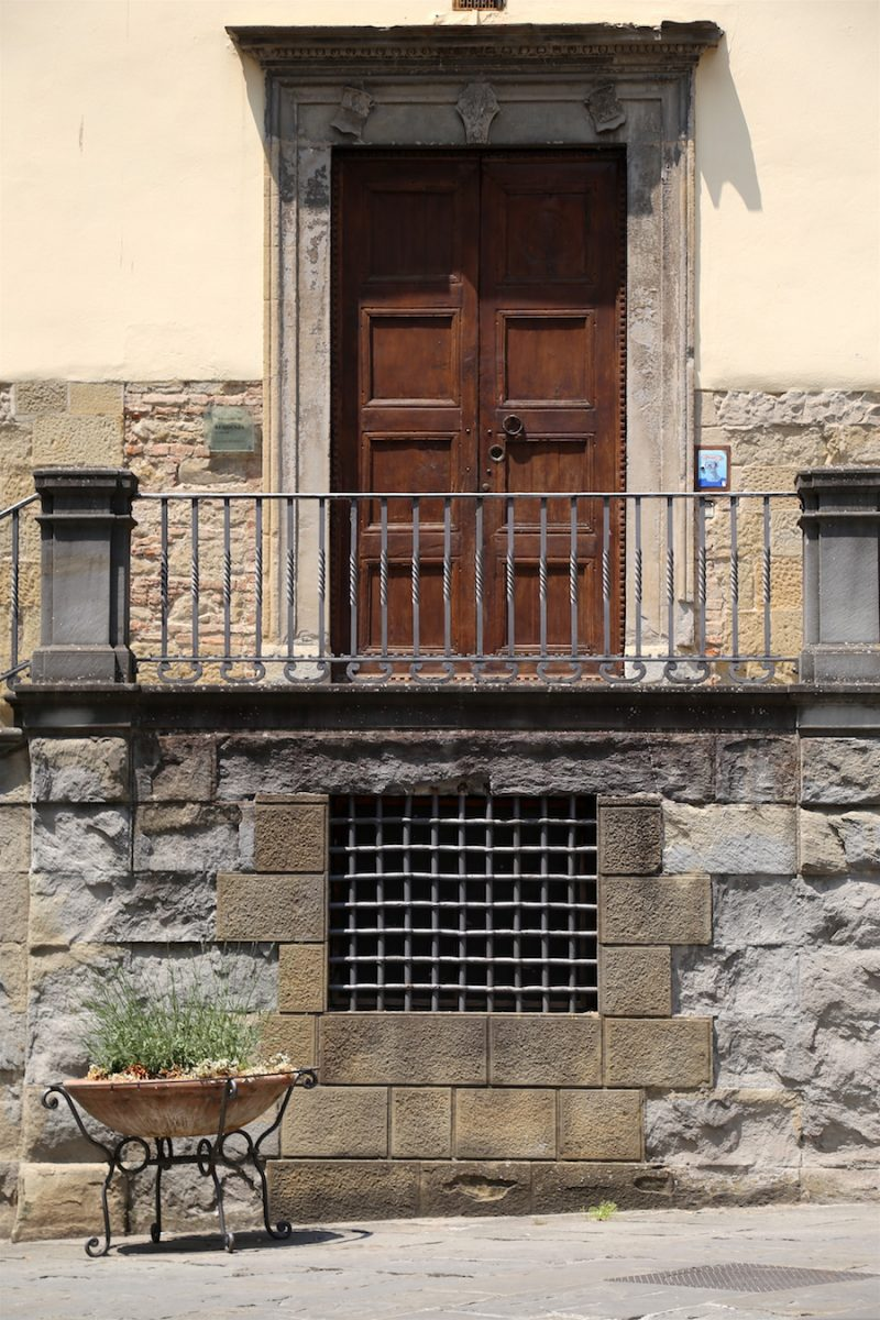A door in the small town of Sansepolcro, Italy