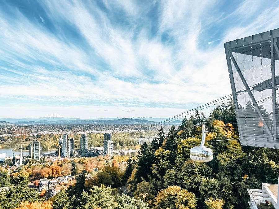 A view in an Aerial Tram in Portland