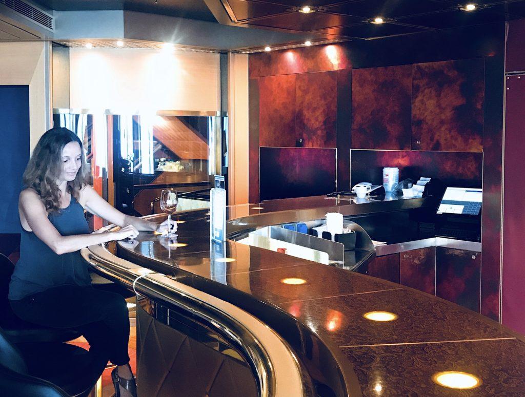 Holland America Cruise Bucket List: 10 Activities Onboard the Amsterdam