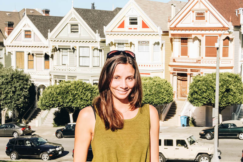 Annette White in front of the Painted Ladies in SF