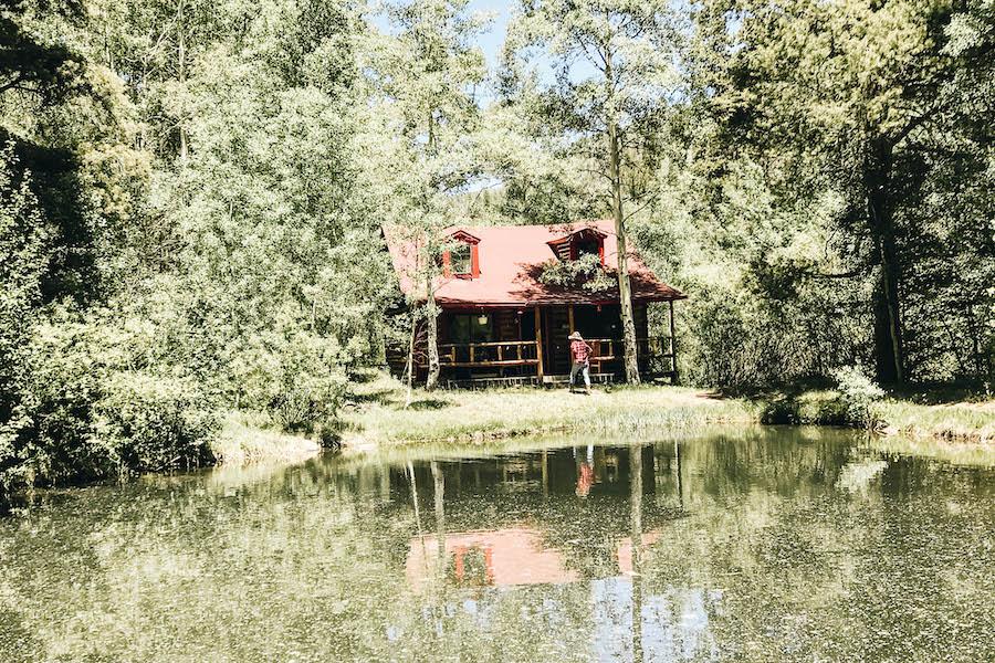 Cozy Colorado cabin