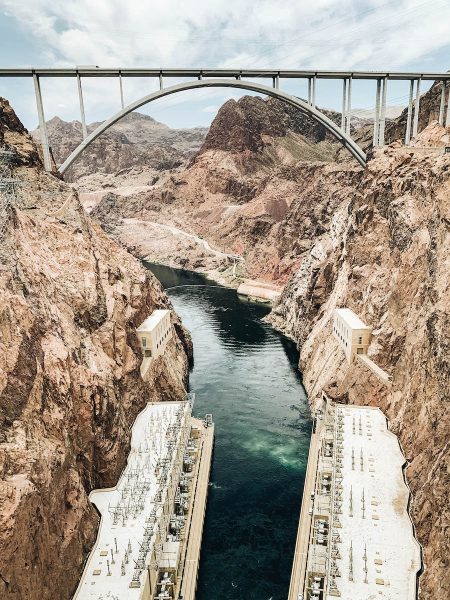 Hoover Dam: Leaving Las Vegas: Southern Nevada Day Trips to the Outdoors