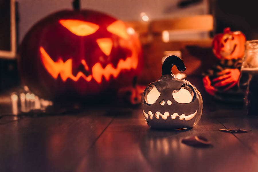 Autumn Activities: carve a pumpkin