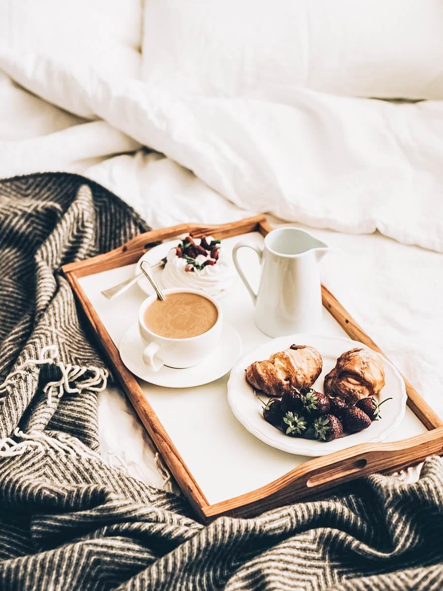 Eat Breakfast in Bed