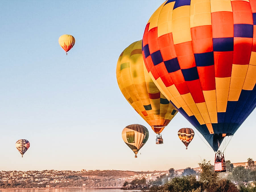A view of hot air balloons on air