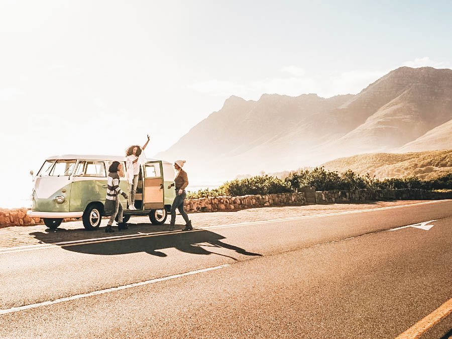 Organize a Road Trip with Your Friends
