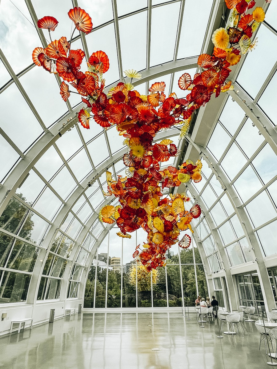 Get WOWED at The Chihuly Garden and Glass