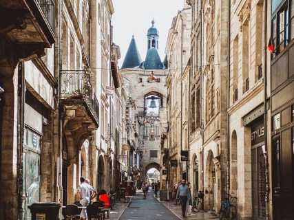 Cailhau Gate Bordeaux-bucketlisttraveladvisors.com