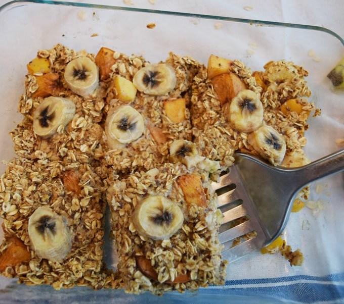 Banana Peach Baked Oatmeal