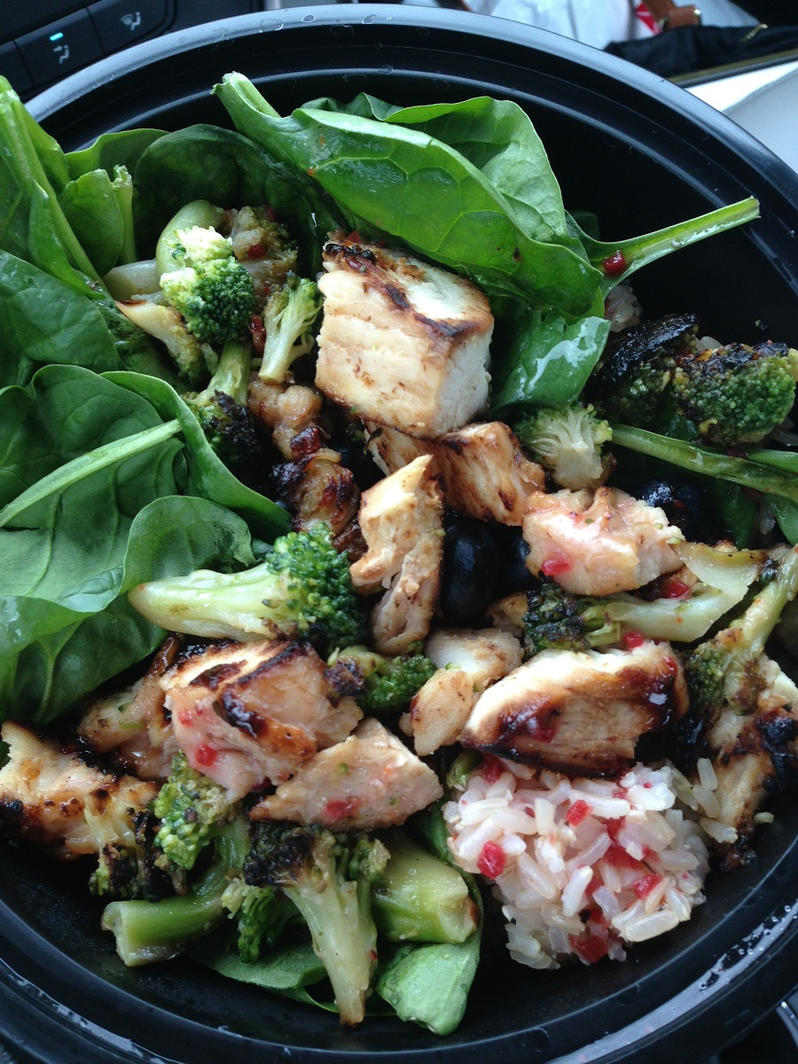spinach salad with chicken, iron for runners