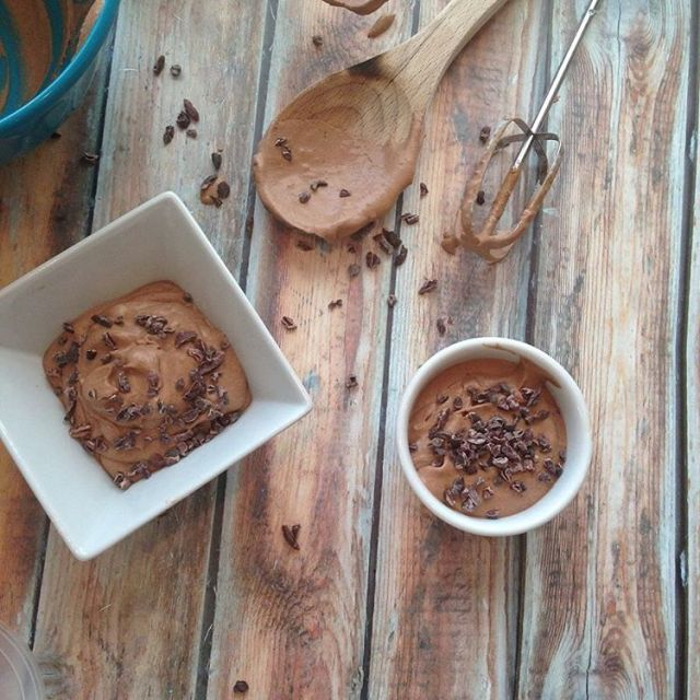 Chocolate lover? This 3 ingredient vegan chocolate pudding is onehellip
