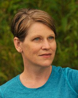 headshot Mary Reed