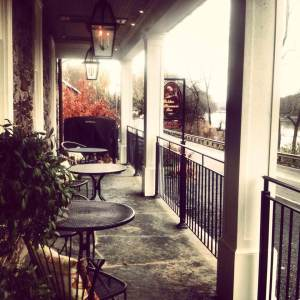 Golden Pheasant Inn patio