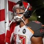 Vincent Jackson is a Finalist for the Salute to Service Award