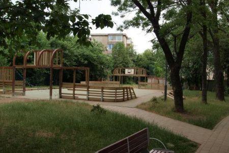 Inca un parc al Bucurestiului DISPARE pentru a lasa loc unor BLOCURI NOI: Parcul Pecineaga din Sectorul 5!