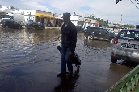 Cele mai mari precipitatii din ULTIMII 50 DE ANI s-au abatut asupra Bucurestiului!