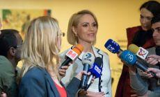 Gabriela Firea a lasat astazi Bucurestiul pentru Parlament si discursuri politice: Am venit ca cetățean al Bucureștiului…