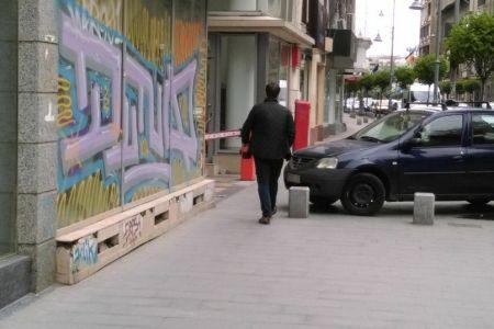 Angajații Ambasadei SUA au descoperit Bucurestiul: E foarte greu sa parchezi!