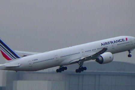 Clipe de panica pe Aeroportul Otopeni! Un avion Air France a ratat aterizarea