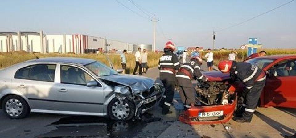 FOTO – Un sofer din Bucuresti a provocat un accident grav: Doua femei ranite, o a treia a decedat!