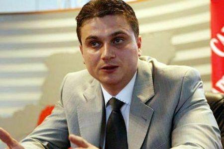 Cunoscut avocat din Bucuresti, retinut de procurorii DIICOT dupa o descindere azi-noapte!