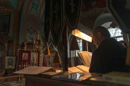 Daniel Florea, primarul din Sectorul 5, a mai rezolvat o problema: 200.000 de lei pentru renovarea unei picturi bisericesti!