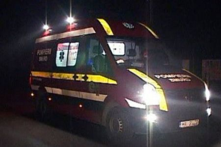 Grav accident azi-noapte in zona Podului Baneasa! Un motociclist a fost aruncat pe contrasens, unde a fost lovit de inca o masina!