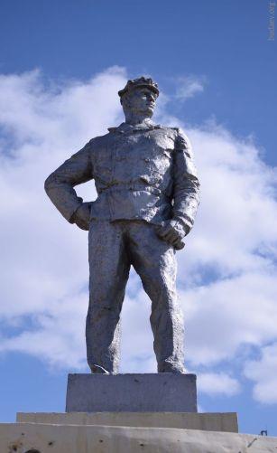 Гусиноозёрск. Памятник шахтёру