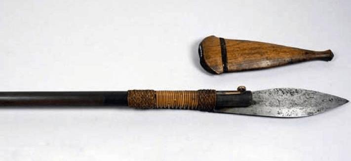Senjata Tradisional Jawa Tengah Tombak