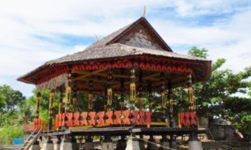 keunikan rumah adat Maluku Utara