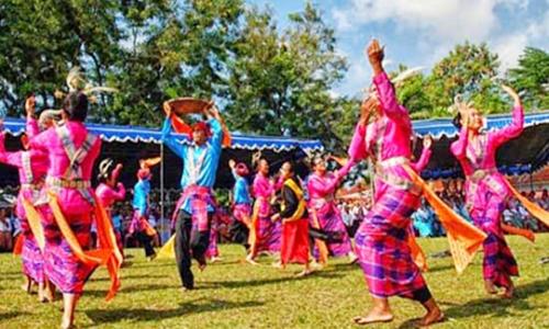 tarian tradisional maluku utara