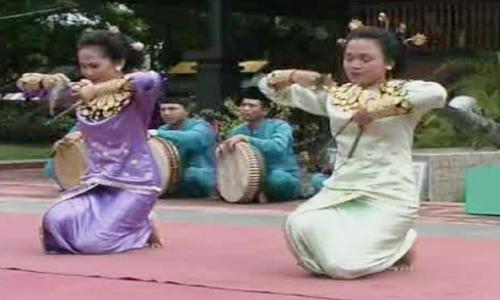 tarian khas gorontalo