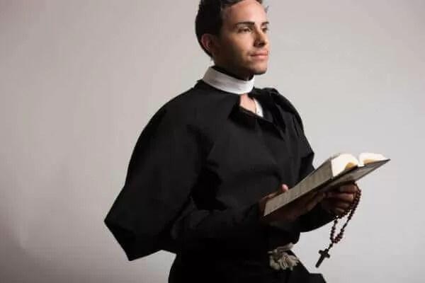 牧師 神父 違い