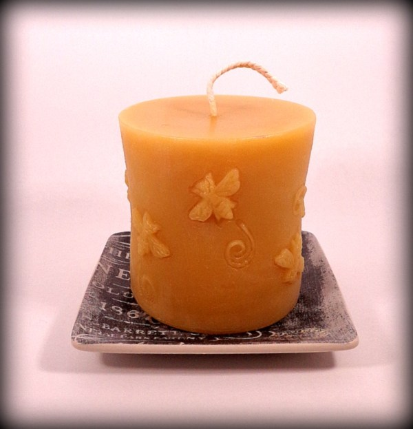 Buddha And The Bees 100% Pure Beeswax Buzzing Bees Cylinder