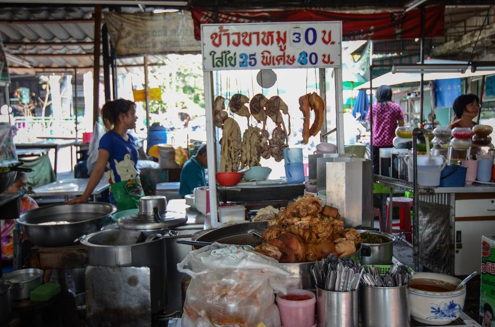 bangkok-food-thailand-buddha-drinks-fanta-2969