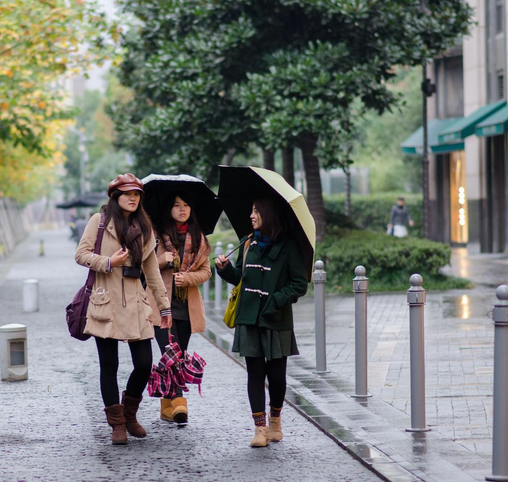 Shanghai-Nanjing-Road-umbrellas-fashion-China-shopping-umbrellas-rainy-day-Jenny-Adams-travel-Buddha-drinks-fanta-5148-2